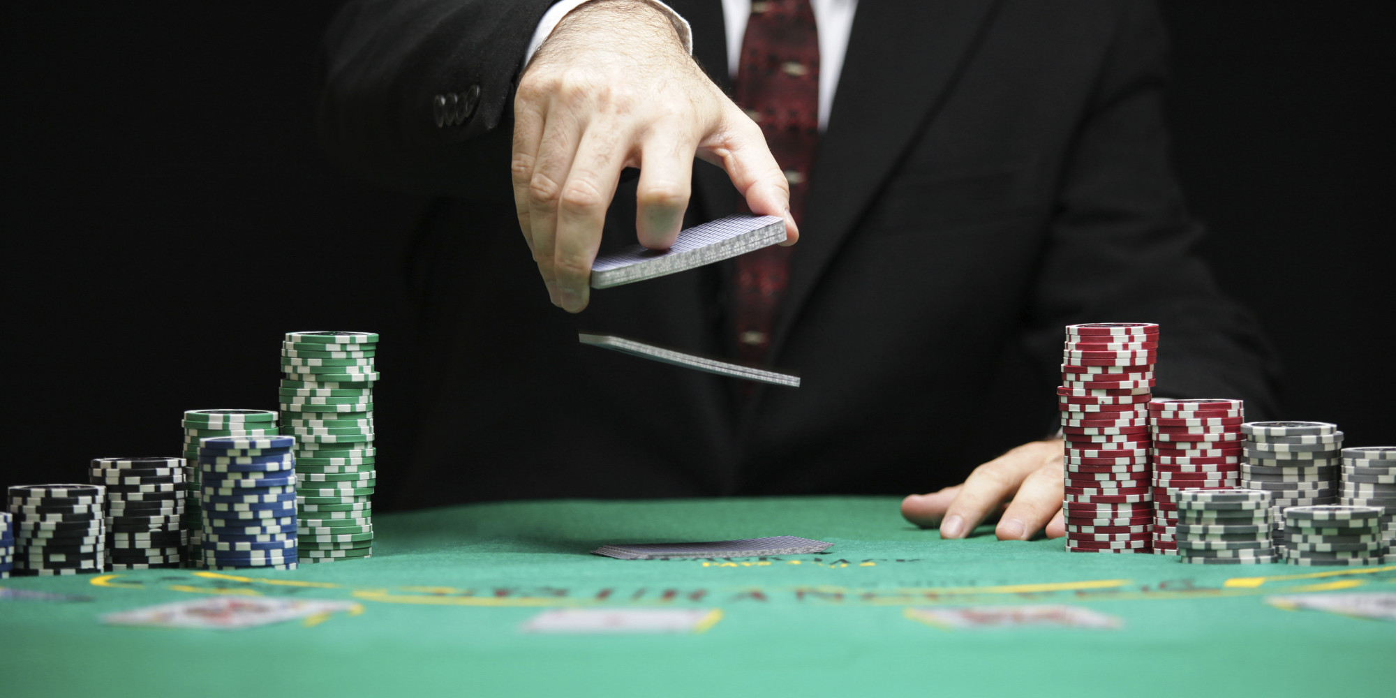 The Beauty of Playing Online Poker at Home without Hassle