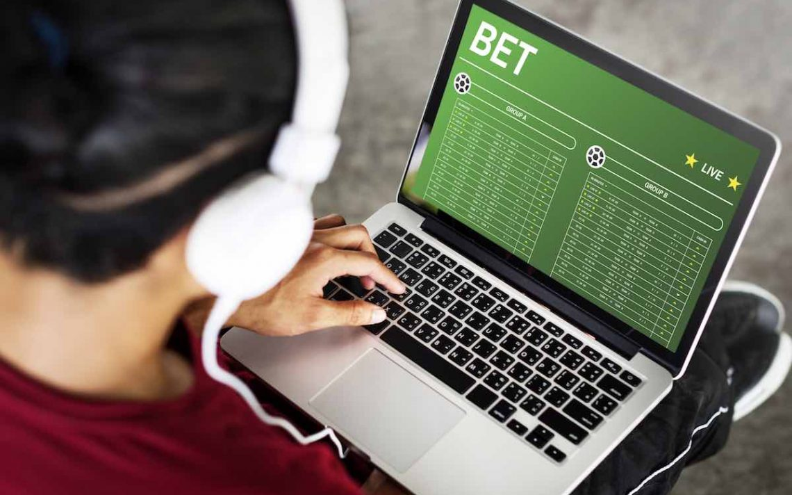 Which is better, betting games or slot booking games?