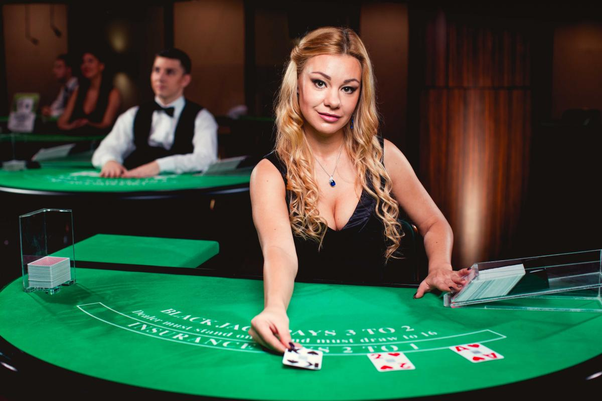 What a Free Poker Download Brings You