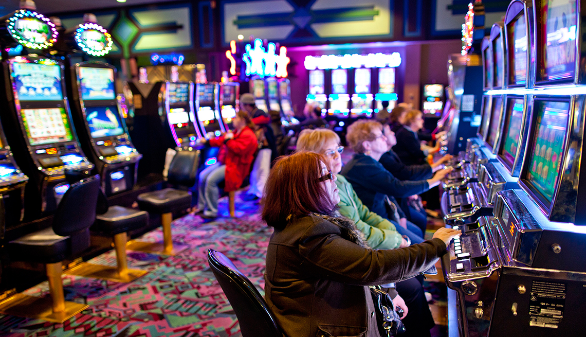 Change Your Fate and Win Some Big Money With Online Gambling