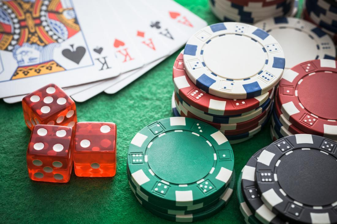 Why online poker sites can be given a try?
